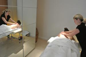 massage glasgow today